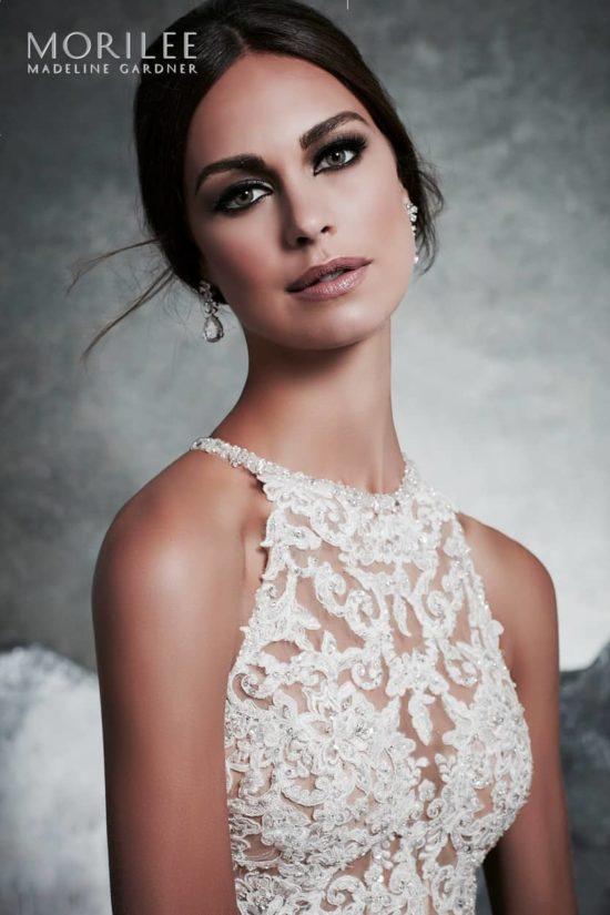 a0f28485dd ... Különleges menyasszonyi ruha egyedi alencon csipkével díszített,  hercegnő stílusú, illúzió részletek, lágy organza