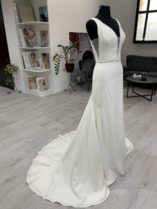 Az Eklektika eskuvoi ruhaszalon Ronald Joyce kollekciojanak Irsina menyasszonyi ruha termekfotoja