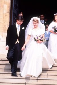 Kiralyi esküvői ruha sorozatunk keretében Lady Helen of Windsor menyasszonyi ruhája