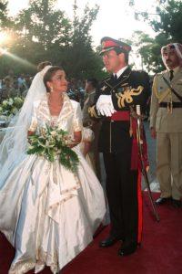 Kiralyi esküvői ruha sorozatunk keretében Rania királynő menyasszonyi ruhája