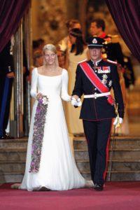 Kiralyi esküvői ruha sorozatunk keretében Mette-Marit hercegnő menyasszonyi ruhája