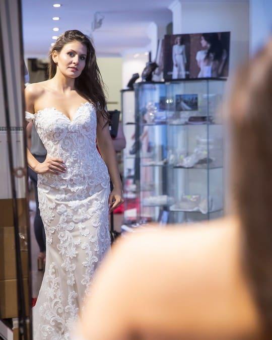 Ruhapróba az Eklektika esküvői ruhaszalonban