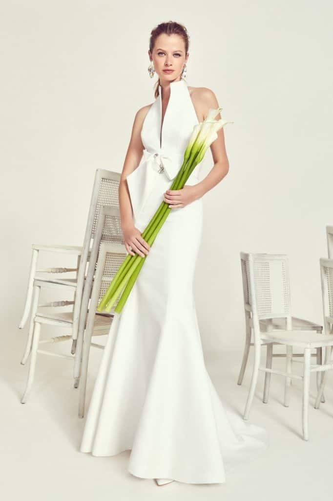 """Jesus Peiro esküvői ruha kollekció 2020 évi """"Cala"""" kollekciójábnk image fotója."""
