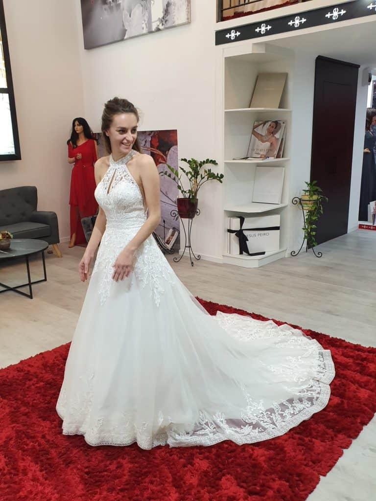 Patricíia ruhaválasztása az Eklektika esküvői ruhaszalonban Budapesten. 3/1 fotó